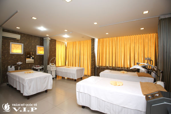 massage-body-phong-cach-thuy-dien