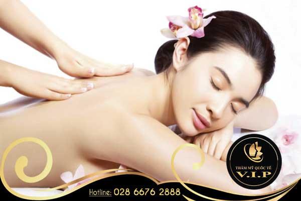 Massage body phong cách Thụy Điển