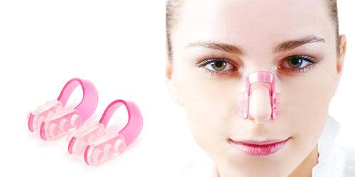 Dùng dụng cụ nâng mũi để kích thích làm mũi cao